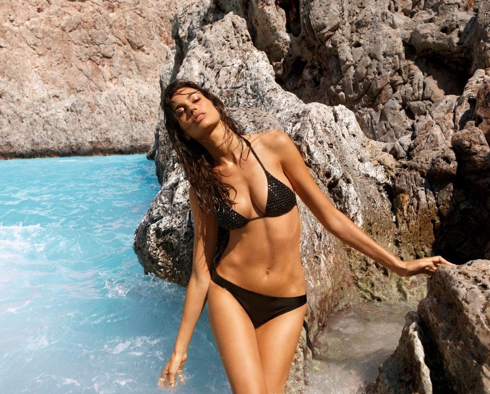 bikini negro pedreria