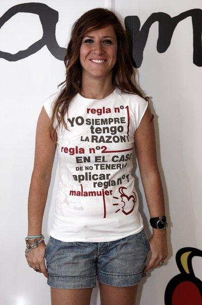 huge_mala-mujer-uno-079-22256-2