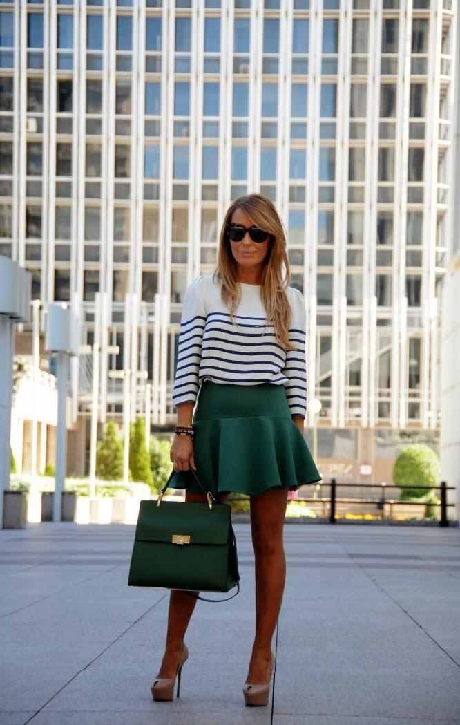 05a-street style-green-skirt-mini-stripes-navy-le dix-balenciaga-sergio rossi-celine