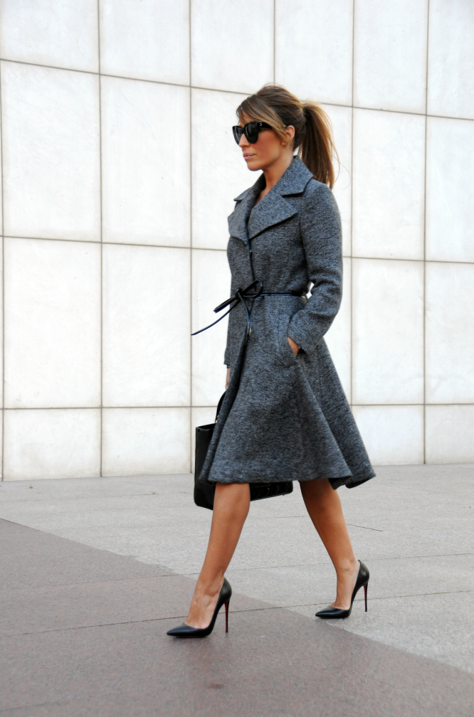 01a-street style-grey-coat-sfera-lady-louboutin-so kate-black-patent-lady dior-giambatista valli-belt