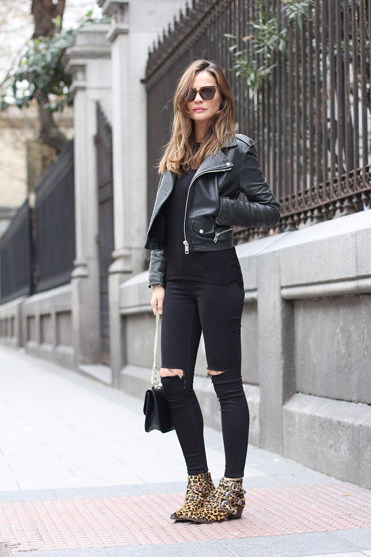 total_black_look-750x1125